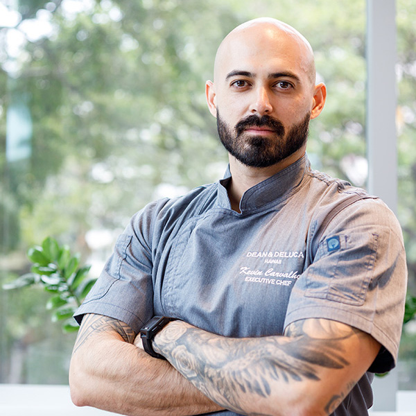 EXECTIVE CHEF: KEVIN CARVALHO
