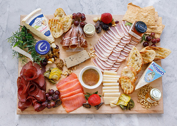 CHEESE & CHARCUTERIE MENU